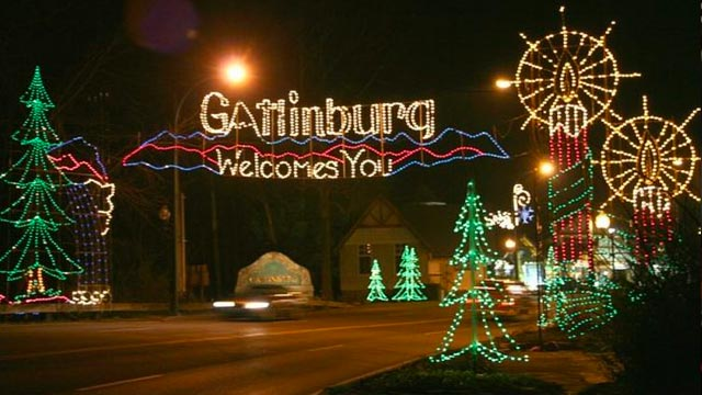 Gatlinburg Christmas 2020 Winterfest Trolley Tours In Pigeon Forge & Gatlinburg