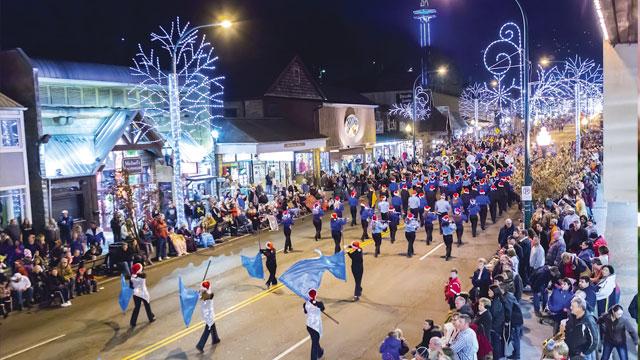 Christmas Parades Near Me 2019.Winterfest Parades 2019 Christmas Parades In Gatlinburg